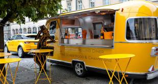 Veuve-Clicquot-Champagner-Bus