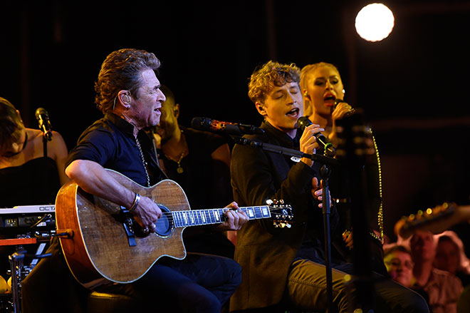 Peter-Maffay-mit-Tim-Bendzko-Fotocredit-BrauerPhotos