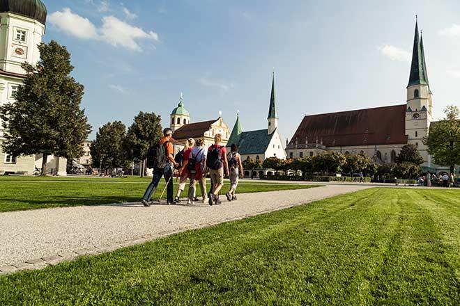 Bier-Wallfahrt-Altoetting-Fotocredit-TV-Altoetting-Inn-Salzach