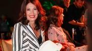Iris Berben Interview: Die Schauspielerin über Sneakers, Boyfriend Jeans und Hippie-Kleider