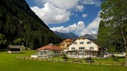 Laufen im Antholzertal: Ein Südtiroler Hotel wird zum exklusiven Laufcamp