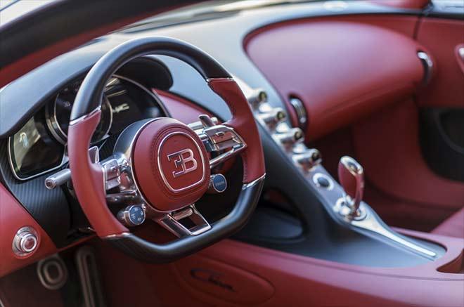 Bugatti-Cockpit