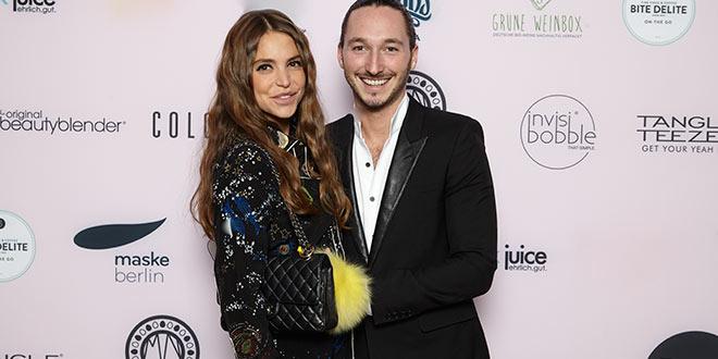 Münchens erfolgreicher Jung-Unternehmer Niki Epstein mit seiner Freundin Gloria Dieth.