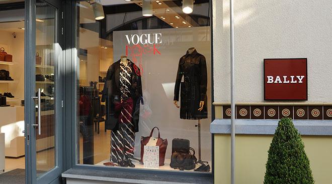 Ausgewählte Boutiquen sind bis zum 27. November mit den Must Have Pieces der Saison von der Vogue dekoriert worden. Fotocredit: Ingolstadt Village