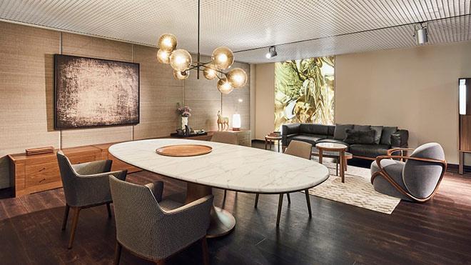 Ebenfalls ein Highlight in der Giorgetti Suite bei böhmler im Tal: Tisch Lagos. Fotocredit: Marcus Hassler