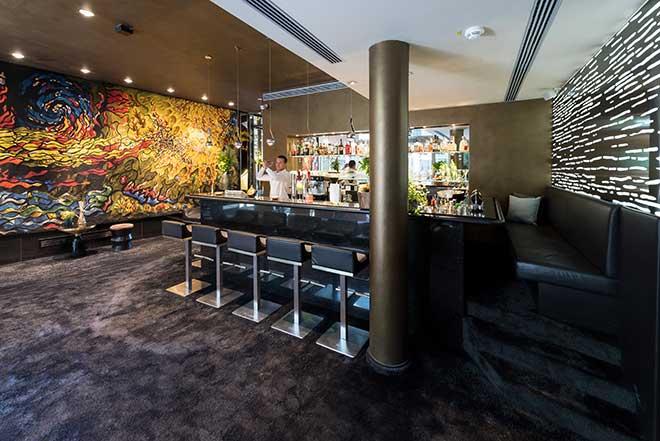 Die München Bar: Tian im gleichnamigen Hotel direkt am Viktualienmarkt. Fotocredit: Daniel Schvarcz
