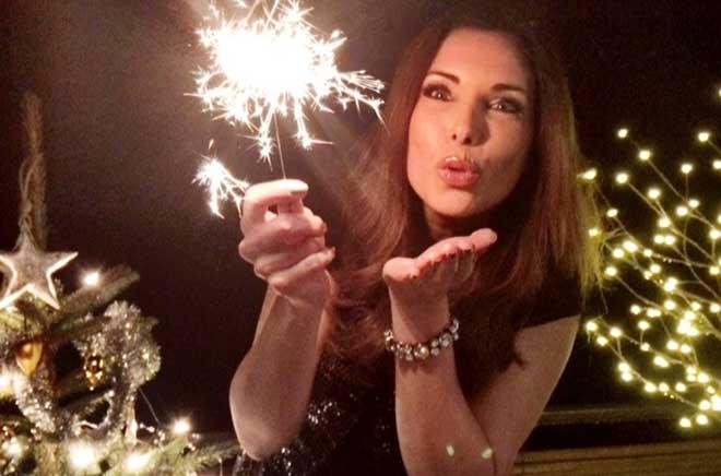 Moderatorin Alexandra Polzin feiert das Neujahr in Garmisch