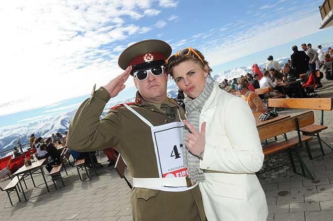 Fireball Gäste: Jovi Graf Schaesberg mit Frau Isi. Fotocredit: G. Nitschke, BrauerPhotos
