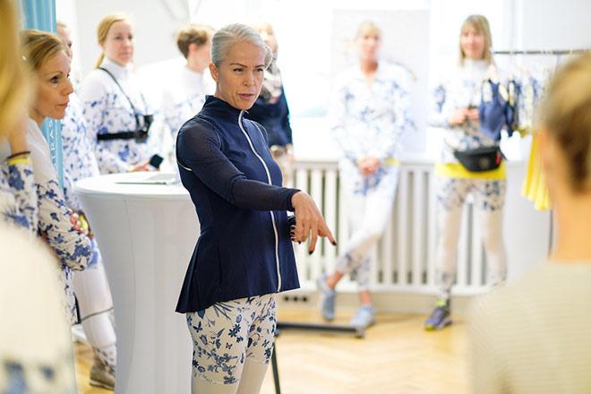 Designerin Annika Rantala war von Kopf bis Fuß in RÖHNISCH und stellte uns die neue Röhnisch Runners Delight Kollektion vor