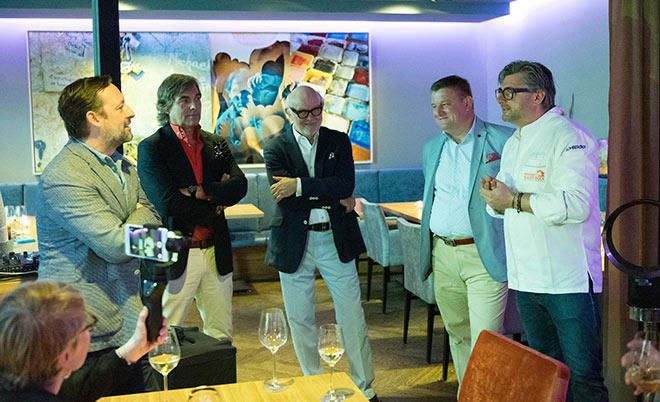 Hubertus von Hohenlohe zeigt seine Fotokunst im Restaurant 'Blauer Bock'