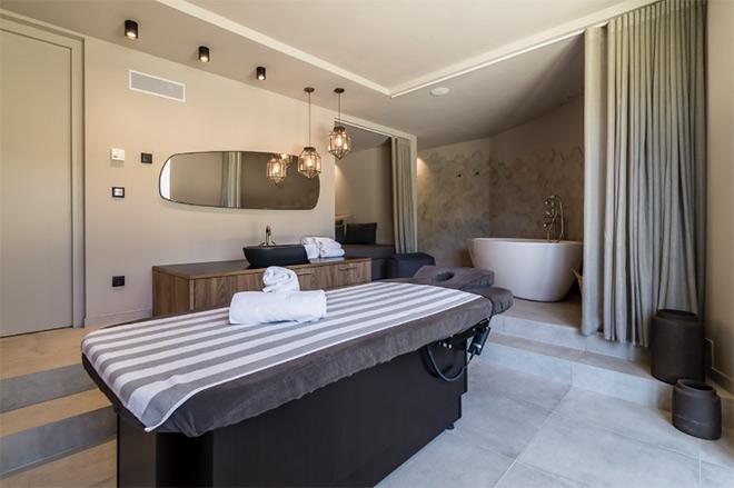 Eine der drei Treatment-Suiten im Spa-Bereich.