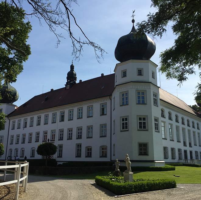 Schloss Tüssling wurde peu à peu renoviert