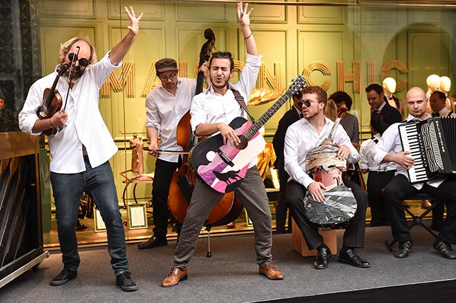 Live-Musik vor Konen. Fotocredit: G. Nitschke, BrauerPhotos