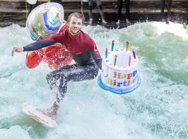 Die Riversurfer feiern Geburtstag © E.ON Energie Deutschland GmbH