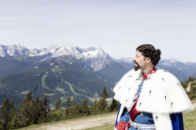 Auf den Spuren des Märchenkönigs: Die Wanderwege des Königs in der Zugspitz Region. Foto: Zugspitz Region, Matthias Fend