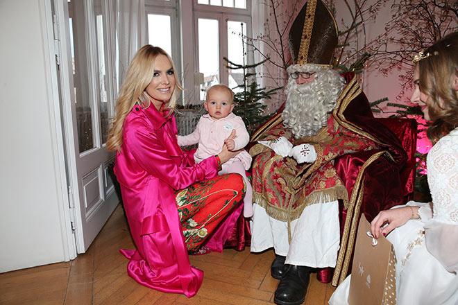 Kauft Kindermode am Tegernsee: Vanessa Cush Birkenstock kam mit Baby-Tochter Vani ins Proscohaus. Fotocredit: Gisela Schober / GettyImages