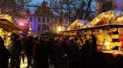 Reisetipp Regensburg: Weihnachtsmarkt im Schlosshof von Thurn und Taxis