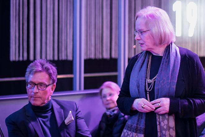 Philosophen trafen aufeinander: Hier diskutierte Dr. Hans Christian Meiser mit Barbara Strohstein.