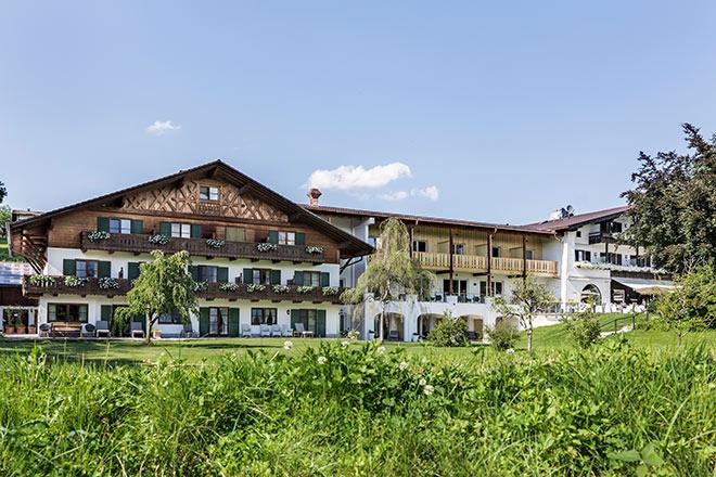 13 neue Suiten hat jetzt der Alpenhof in Murnau! Fotocredit: Tiberio Sorvillo und Luca Guadaguini