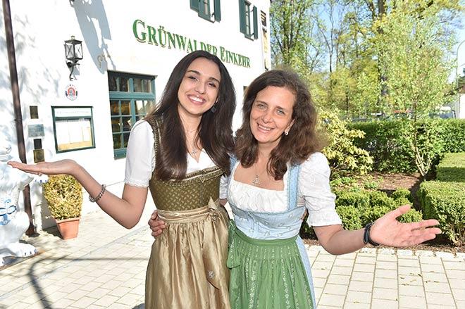 Ramona und Arabella Pongratz sind Münchens neue Wirte-Power-Team. Fotocredit: Hannes Magerstaedt