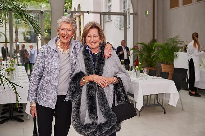 Verena von Bárczy und Carla Kunkel. Foto: Markus Kehl