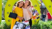 Muttertags-Shopping:  Andrea L'Arronge in Ingolstadt Village