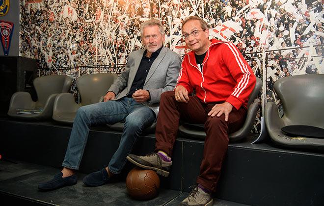 Paul Breitner mit Moderator Wigald Boning. Fotocredit: Jörg Koch, GettyImages