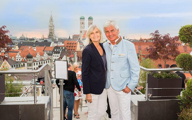 Yvonne und Frederic Meiser genießen den Ausblick! Fotocredit: Stefan M. Wolf