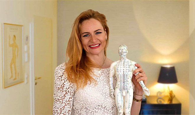 Caroline Klann verbindet neueste medizinische Erkenntnisse mit Traditioneller Chinesischer Medizin (TCM) plus Osteopathie in ihrer Privatpraxis Osteopathie / TCM Caroline Klann