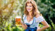 Bayerische Beauty Pionierin: Evelyn Rickauer macht Dekolletés faltenfrei