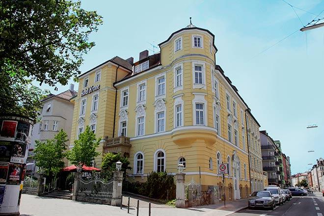 After Wiesn Partylocation in Deutschlands erstem Pop-down-Hotel! Fotocredit: AI Hotel GmbH