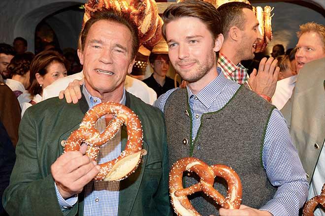 2018 kam ARnie mit seinem Sohnemann. Fotocredit: Wolfgang Breiteneicher, SchneiderPress