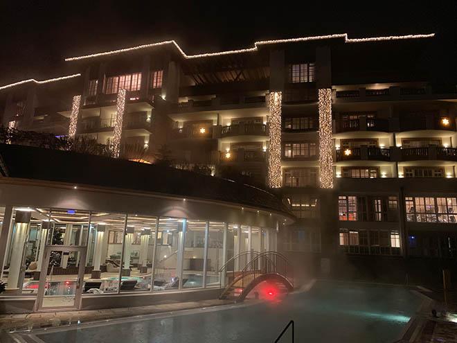 Das 5-Sterne-Hotel Grand Tirolia Kitzbühel hat einen neuen Besitzer. Für 20 Jahre hat die Hilton Gruppe das Hotel gepachtet und auch Erweiterungen stehen an.