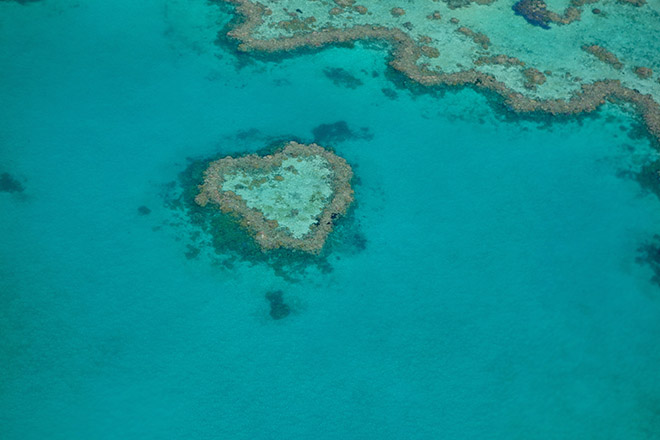 Inseln in Herzform