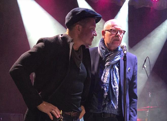 Stellten die CHarity-Jeans in München gemeinsam vor: Hardy Krüger Jr. und Hans-Thomas Bender von M.O.D.