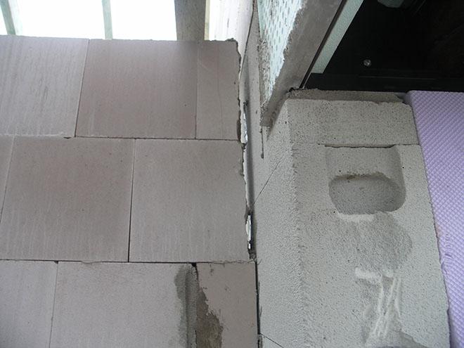 Was ist also zu tun, wenn während der Bauzeit erhebliche Lücken an den Stoßfugen im Mauerwerk klaffen? Fotocredit: Verband Privater Bauherren RB-Emsland