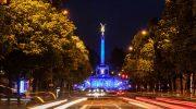 Europawahl auf münchnerisch: Der Friedensengel hüllt sich in blau