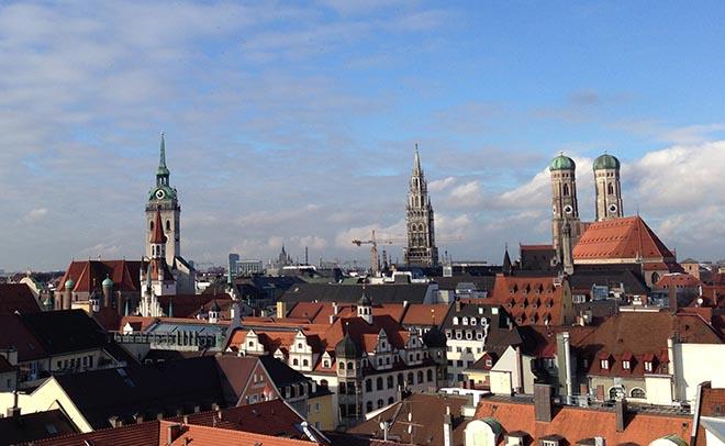 Eine Reise nah München planen. Fotocredit: