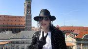 Gedenkfeier zum 10. Todestag von Michael Jackson im Hotel Bayerischer Hof
