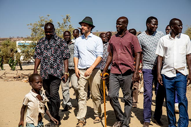 Wandern mit Prinz Ludwig von Bayern in Turkana. Fotocredit: Learning Lions