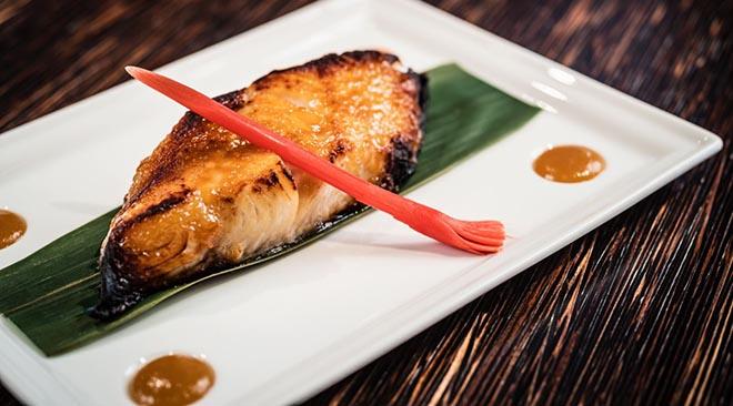 Sein bekanntesterSignature Dish ist der in Miso marinierte Black Cod!
