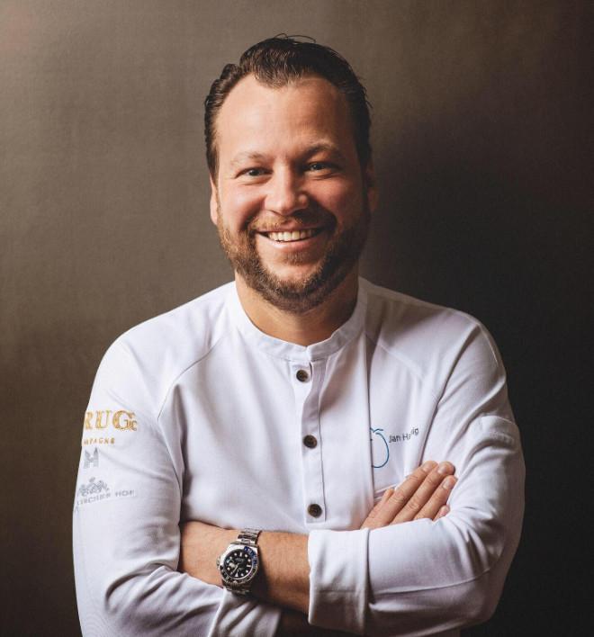 Chef de Cuisine Jan Hartwig vom Guide Michelin widerholt ausgezeichnet