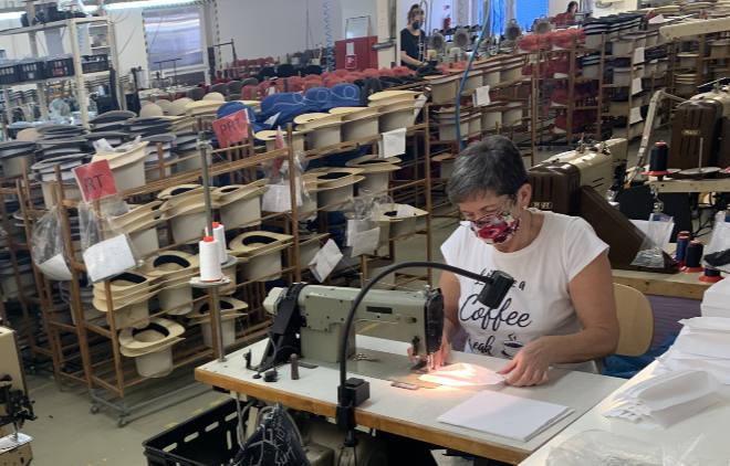 In einer Woche wurden bereits über 10.000 Schutzmaksen in der Hutmanufaktur Mayser fertiggestellt!