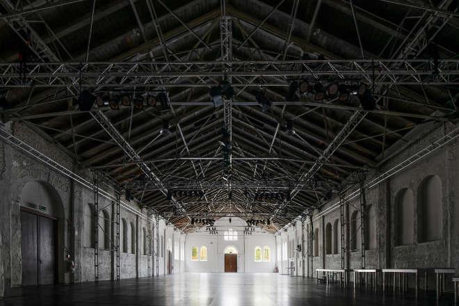Die ehemalige Exerzierhalle des Königlich Bayerischen Regiments ist unter UTOPIA MÜNCHEN eine Eventlocation.