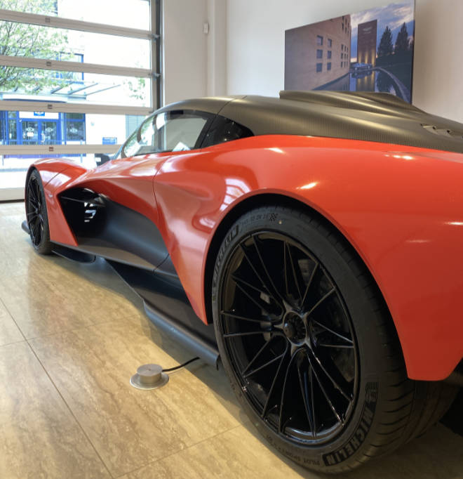 Aston Martin Valhalla im Münchner Showroom in der Moosacher Straße