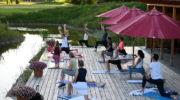 Yoga im Münchner Golfclub Eichenried