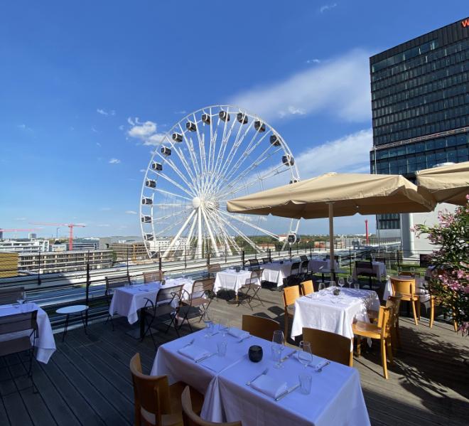 Kleines feines Restaurant roof Kull pop up auf dem Hoch5 in der Atlierstraße.