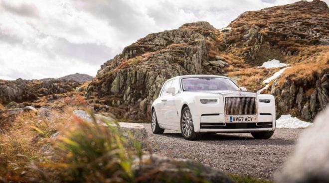 Der Rolls-Royce Phantom ist in der Basisversion rund 450.000 Euro teuer. Foto: obx-news/Rolls-Royce Motor Cars