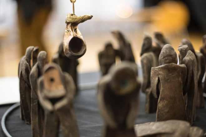 Walter Dorsch nennt sein Kunstwerk 'America first! Trump die Abrissbirne'