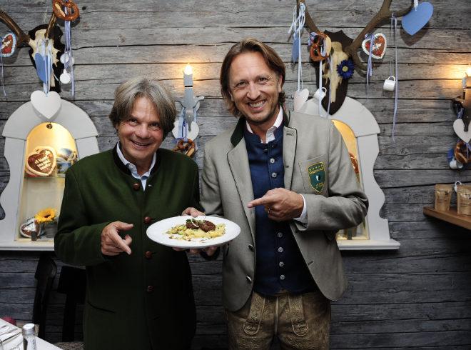 Michael Käfer und Thomas Isermann vom Münchner Start-up Greenforce machten uns auf die veganen Pflanzerl Appetit!